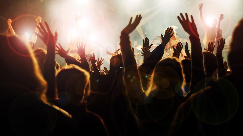 Diese 10 Menschen baggern dich auf jedem Festival an